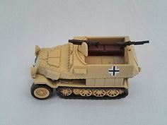 KAIYODO - CapsuleQ Capsule Toy World Tank Museum Germany Schutzenpanzerwagen Deformation 2 Figure Sand Yellow
