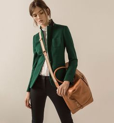 LIMITED EDITION KNIT BLAZER [[[[[[Luv both the green of the blazer and the bag! Too bad I will never be the right shape for that style of blazer. But the bag on the other hand. Blazer Outfits For Women, Blazers For Women, Fashion Mode, Work Fashion, Fashion Trends, Friday Wear, Cute Blazers, Looks Chic, Mode Style
