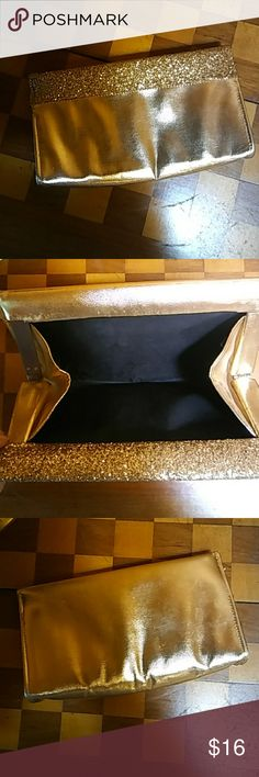 Vintage gold clutch Fancy vintage gold clutch with glitter detail on top in front. Bags Clutches & Wristlets