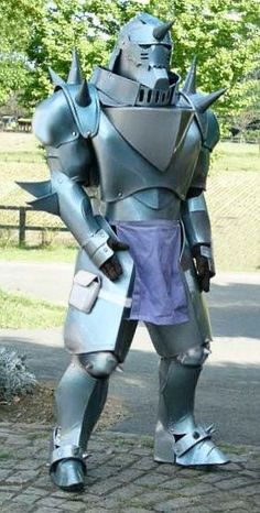 Pretty sure this cosplay cost an arm and a leg (and a brother's body)