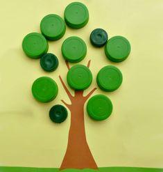 Lavoretto con tappi di plastica: l'albero