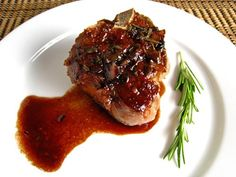 Lamb Chops with Pomegranate and Red Wine Sauce