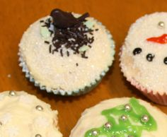 Day 15! Cute little Christmas cupcakes