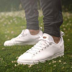 Size? x adidas Originals Rod Laver 'Tournament Edition'