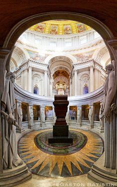 Le tombeau de Napoléon Ier, Dome des Invalides, Paris, France | Flickr - Photo Sharing!