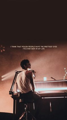 Shawn Mendes Lockscreen, Shawn Mendes Wallpaper, Words Wallpaper, Bts Wallpaper, Homescreen Wallpaper, Tour Posters, Wall Posters, Shawn Mendes Tour, Iphone Wallpaper Tumblr Aesthetic