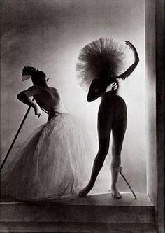 Horst P. Horst - Dali Costumes, 1939. S)