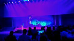 Show fluorescente com acrobatas para eventos diferenciados, espetaculo realizado para a Convenção de vendas da Ajinomoto, Hotel Bourbon Foz de Iguaçu. Contate-nos humorecirco@gmail.com (11) 97319 0871 (21) 99709 6864 (73) 99161 9861 whatsapp. Show, Bourbon, Humor, Concert, Australia Travel, Sao Paulo, Rio De Janeiro, Corporate Events, Bourbon Whiskey