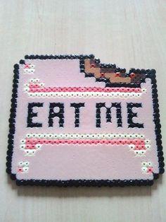 """Gâteau Alice au pays des merveilles """" Eat Me !"""" de la boutique PixelsMarnia sur Etsy"""
