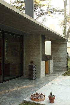 BA House / BAK Arquitectos   ArchDaily