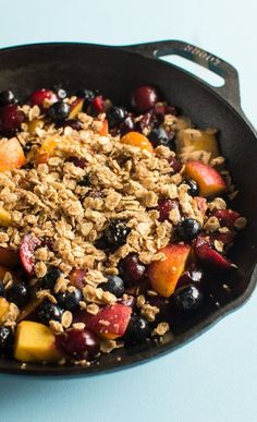 Juicy peaches, cherries, and blueberries are topped with a light, crisp oatmeal streusel. Add a scoop of ice cream on the side, and you'll have the ultimate summer treat! #vegan #glutenfree #berry #peach #dessert Blueberry Crumble, Vegan Blueberry, Gluten Free Treats, Vegan Gluten Free, Best Comfort Food, Comfort Foods, Vegan Recipes, Yummy Recipes, Free Recipes