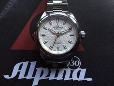 Used Alpina automatic with box and papers, Mint condition , Pre Owned Watches, Fine Watches, Mint, Box, Accessories, Snare Drum, Nice Watches, Peppermint, Jewelry Accessories