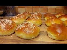 Buci retró hamburger zsemle. Retróburger / Szoky konyhája / - YouTube Hamburger, Bread, Food, Brot, Essen, Baking, Burgers, Meals, Breads