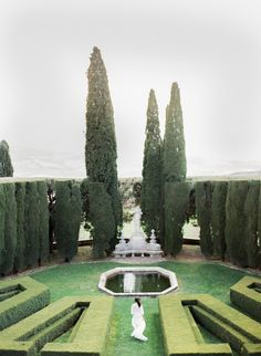 Bridal Inspiration at La Foce, Tuscany - Peter And Veronika Film Wedding Photographers based in Italy and France Frou Frou, Tuscany, Wedding Venues, Photoshoot, Bridal, Luxury, Gardens, Weddings, Inspiration