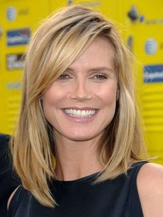 View yourself with Heidi Klum hairstyles and hair colors. View styling steps and see which Heidi Klum hairstyles suit you best. 2015 Hairstyles, Short Hairstyles For Women, Straight Hairstyles, Trendy Hairstyles, Mid Length Hairstyles, Girl Hairstyles, Heidi Klum Hair, Medium Hair Styles, Short Hair Styles