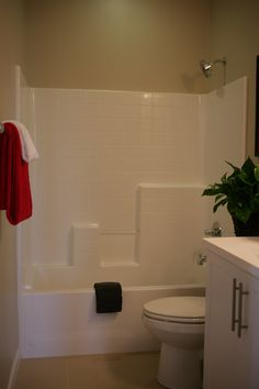 EASY MAINTENANCE TUB/SHOWER SURROUNDS   Secondary Bath Tub/shower Combos  Feature The Latest In A Fiberglass Tub/shower Surrounds.