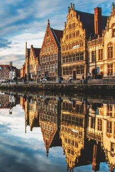 Reflection - Ghent, Belgium | Lucien Vatynan