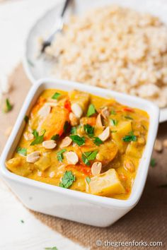 This Thai recipe is simply exceptional. Simple Massaman Vegetable Curry with Tofu gives you the perfect balance of flavors and spices in this vegan Thai curry. Tofu Recipes, Curry Recipes, Indian Food Recipes, Asian Recipes, Whole Food Recipes, Vegetarian Recipes, Cooking Recipes, Healthy Recipes, Vegetarian Dish