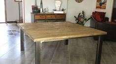 Table carrée 155*155 - 860€ http://www.mdeco-industriel.fr/tables-industrielle/20-table-de-salle-a-manger-style-industriel-vieillis.html