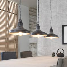 This ceiling light with 3 pendants is made of metal and has an antique look. The caps hang on metal chains, making this ceiling light have a tough appearance. Lampe Metal, Retro Lampe, Grande Lampe, Industrial Ceiling Lights, Tall Lamps, Rustic Lamps, Hurricane Lamps, Cool Floor Lamps, Bedroom Lamps