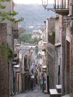 Vintige photos of Buccheri Sicily Sicilian, More Pictures, Travel Photos, Friends, Travel, Travel Pictures, Amigos, Boyfriends, True Friends