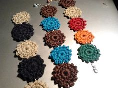 Bracelets to crochet  Pulseras a ganchillo