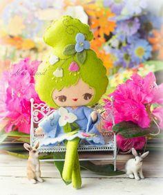 Con la primavera a la vuelta de la esquina ya era hora que mi taller se llenara de flores, naturaleza exuberante y conejos revoltosos. L...