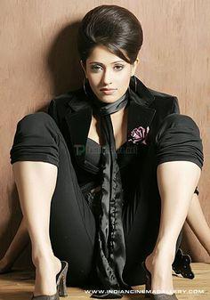 Hot Pics of Pyaar Ka Punchnama Actress Nushrat Bharucha