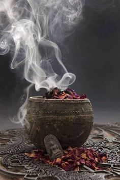 Blessed Be and Welcome to a safe spot online for all Wicca and Paganism related topics. Religions Du Monde, Witch Aesthetic, Book Of Shadows, Witchcraft, Celtic, Blessed, Blessings, Wiccan Altar, Wiccan Witch