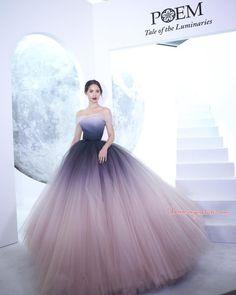 Ombre Prom Dresses, Grad Dresses, Quinceanera Dresses, Evening Dresses, Dress Outfits, Fashion Dresses, Bridesmaid Dresses, Indian Designer Outfits, Designer Dresses