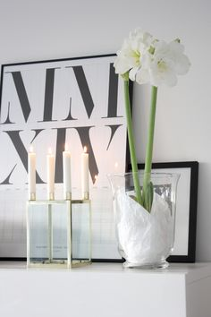 Homevialaura | Fourth advent | Brass candle holder | white christmas flower amaryllis | Playtype calendar poster