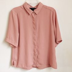 Blush Blouse Blush-colored blouse I bought from H&M. The blouse is in good condition with the only flaws being some very minor pulls on the thread on a few sections of the blouse, pictured in the 4th photo. The blouse is loose-fitting but runs true to size.                                                                      ❌NO TRADES❌ H&M Tops Blouses