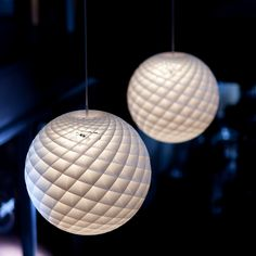 Patera Pendant Light///Design by Øivind Slaatto, 2015///By Louis Poulsen