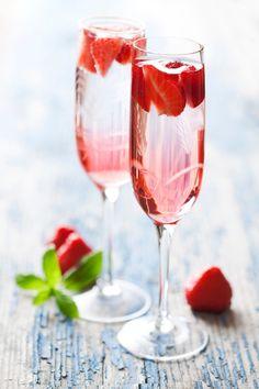aperitivo hugo pink