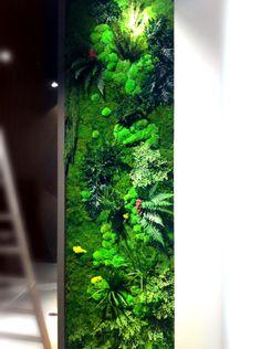 jardin vertical preservado En la Feria del Mueble de Milan Stand de Coleccion Alexandra
