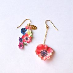 Anemone, OVCE earrings: 7,140 yen