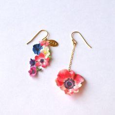 Anemone, OVCE earrings: 7,140 yen