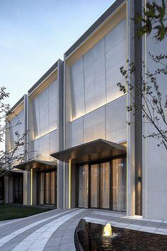 Gallery of Aluminum Foam in Jindi Sales Office - 13 Retail Architecture, Modern Architecture Design, Minimalist Architecture, Commercial Architecture, Modern Buildings, Retail Facade, Shop Facade, Building Facade, Entrance Design