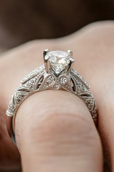 In love with this intricate vintage-inspired ring.