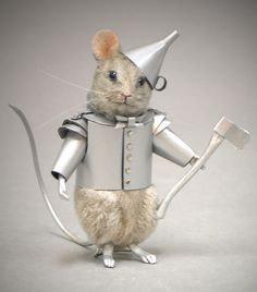 R John Wright Wizard of Oz Tin Man Mouse Collectible Doll Needle Felted Animals, Felt Animals, Cute Animals, Stuart Little, Wet Felting, Needle Felting, Maus Illustration, John Wright, Tin Man