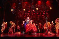 New on Multiglom - I go to the theatre: LE BAL DES VAMPIRES © VBW Crédit photo: Brinkhoff/Mögenburg