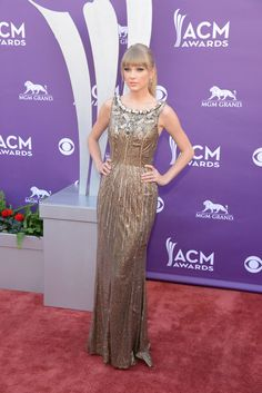 Taylor Swift Photo - Arrivals at the Academy of Country Music Awards 2