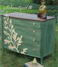 I love this look soo much. I can't wait to find an old dresser to work on. Cool, Cool, Cool. This site has alot of diy furniture tuts, check it out.