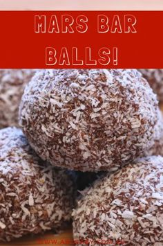 Remember that TV ad a Mars a day helps your work rest and play? Well I dont know how true that is, but what I do know is these Mars Bar Balls definitely put a smile on your face! Milk Recipes, Raw Food Recipes, Sweet Recipes, Snack Recipes, Dessert Recipes, Party Desserts, Baking Recipes, Cake Recipes, Xmas Food