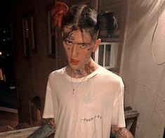 114 images about ♡ lil peep ♡ on We Heart It Lil Peep Instagram, Walmart Pictures, Lil Peep Beamerboy, Lil Peep Hellboy, Jordan Shoes Girls, Cute Black Guys, Badass Aesthetic, Love U So Much, Robert Smith