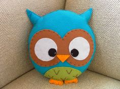 Large Plush Turquoise Owl Toy/Pillow by HollyGoBrightly on Etsy by florine Softies, Fabric Crafts, Sewing Crafts, Craft Projects, Sewing Projects, Owl Crafts, Cute Toys, Felt Diy, Handmade Toys