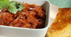 These chili recipes are the chili cook-off champions! And they could be your ticket to a blue ribbon, too. How To Cook Chili, Chili Cook Off, Cooking Chili, Cooking Corn, Chili Recipes, Soup Recipes, Cooking Recipes, Hamburger Recipes, Gourmet