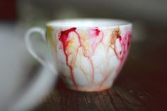 DIY Watercolor Mug #diy Once upon a time I got a white mug with the purpose of painting it. Then I forgot. Now I remembered ;)