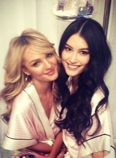 My former modeling pals, Sui He and Candice Swanepoel are visiting me this week.....,,,