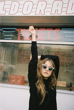 """houseofbourbon: """" Teresa Oman photographed by Zara Mirkin wearing some of the looks from the Stolen Girlfriends Club's """"The Fates"""" capsule collection for Urban Outfitters. Teresa Oman, Rock Style, Photo Pour Instagram, Instagram 2017, Sunnies, Best Street Style, Estilo Grunge, Pink Lady, Pin Up"""